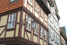 Nahaufnahme eines Fachwerkhauses in der wernigeröder Innenstadt.