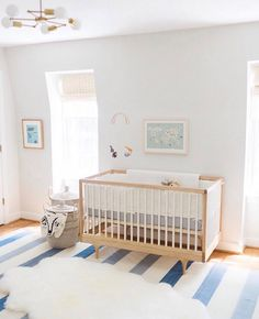 We Love This Sunny Nursery Lindseyfrankdesign Simply Beautiful At Richmond Virginia Baby