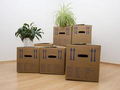 Beim #Umziehen sparen, #Umzugskartons kostenfrei zum #Umzug Hamper, Planter Pots, Organization, Home Decor, Moving House Tips, Cardboard Packaging, Art Production, Getting Organized, Organisation