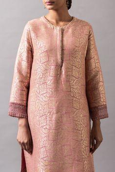 Neck Designs For Suits, Neckline Designs, Fancy Kurti, Plus Size Cocktail Dresses, Kurta Neck Design, Designer Party Wear Dresses, Silk Suit, Kurta Designs, Indian Designer Wear