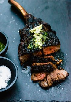 Grilled Steak Recipes, Grilled Meat, Grilling Recipes, Beef Recipes, Cooking Recipes, Weekly Recipes, Tomahawk Steak Recipe, Steak Appetizers, Compound Butter