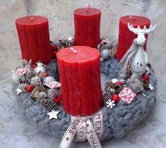 10+1 csodás adventi koszorú megoldás, ami Neked is tetszeni fog! | Otthon mánia Cone Christmas Trees, Winter Christmas, Christmas Wreaths, Christmas Decorations, Advent Wreath, Winter Is Coming, Pillar Candles, December, Home Decor