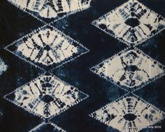 Maki-age shibori in deep navy blue | Jackson Fiber Arts via Flickr