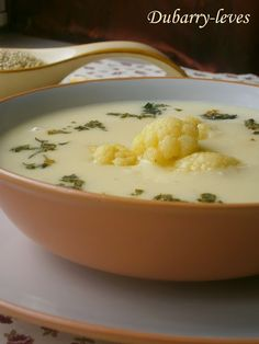 Hankka: Dubarry-leves Soup Recipes, Healthy Recipes, Recipies, Hungarian Recipes, Hungarian Food, Soups And Stews, Cheeseburger Chowder, Paleo, Food And Drink