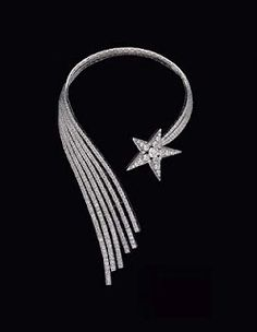Chanel 1932 Necklace in 18k white gold and diamonds.
