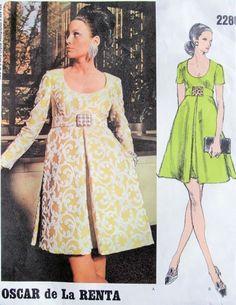 1960s Empire Waist Evening Cocktail Dress Pattern Oscar de La Renta For Vogue Americana 2280 Vintage Sewing Pattern Low Shaped Neckline Inverted Pleats Stunning Design Bust 38