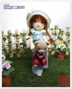 Sarah Crochet Doll Pattern Design by nong por baannongtookata