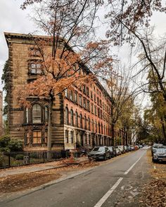East Village - New York, United Staates of America Autumn Photography, City Photography, Go To New York, New York City, Manhattan, Abandoned Asylums, City Aesthetic, Nyc, Lower East Side