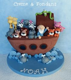 Noahs ark cake by Creme & Fondant