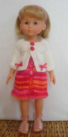 Gilet pour poupée Chérie (Adaptation du modèle de Nathalie  du blog « Histoires de Poupées »  du 11/02/2016): 1) http://marieetlaines.canalblog.com/archives/2016/04/06/33522846.html 2) http://p4.storage.canalblog.com/46/29/1066432/109646643.pdf