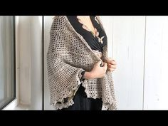 Looking for a free crochet shawl pattern? Check out this beginner-friendly design! The free pattern comes with a helpful video tutorial. Crochet Vest Pattern, Poncho Knitting Patterns, Shawl Patterns, Crochet Shawl, Free Crochet, Crochet Patterns, Free Pattern, Basic Crochet Stitches, Crochet Basics