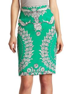 Make it work for you: a symmetrical print like this one can be ultra figure-flattering.
