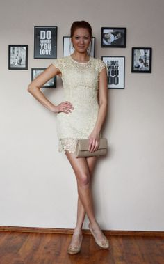 natalie's style: LOOK OF THE DAY: Lace dress