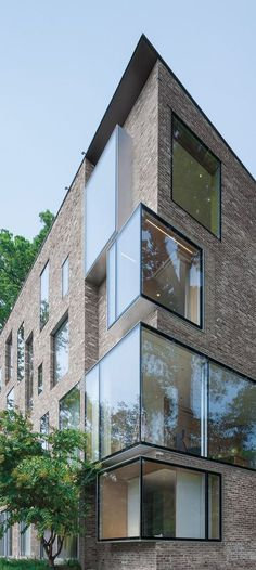 While renovating the detached Rock Creek House property, the architects removed ornamentation from the brick facades and extended the walls upward to create a larger attic space. Detail Architecture, Brick Architecture, Residential Architecture, Contemporary Architecture, Interior Architecture, Dezeen Architecture, Architecture Drawings, Amazing Architecture, Luxury Interior