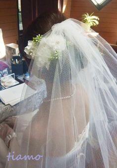 ルーズシニヨンで教会挙式の大人可愛い花嫁さま♡  大人可愛いブライダルヘアメイク『tiamo』の結婚カタログ Ameba (アメーバ)