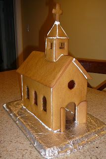 "Hello once again! Today I want to share with you my newest creation - a stained glass church made from gingerbread! You can see the ""stain. Gingerbread House Template, Gingerbread House Designs, How To Make Gingerbread, Gingerbread Village, Christmas Gingerbread House, Gingerbread Man, Gingerbread Cookies, Christmas Desserts, Christmas Treats"
