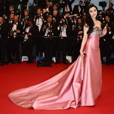 Fan Bingbing, in Louis Vuitton, with Chopard jewels. #EasyNip