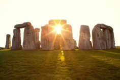 Stonehenge with the rising and setting sun Embedded image permalink