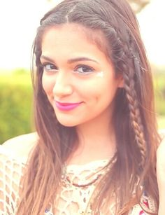 Bethany Mota♡ I love her so much she's so beautiful and such an inspiration I love her sense of style stay beautiful love