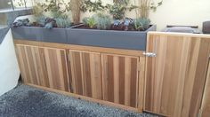 hackney_front_garden_cedar_cupboard_finished_photo