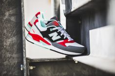 Girls, the New Balance W530AAB is available at our shop! EU 36,5 - 41 | 100,-€