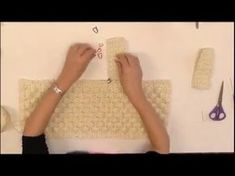 Tutorial pochette punto nocciolina uncinetto   Crochet bag    Katy Handmade - YouTube