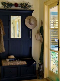 Small Entryway Idea