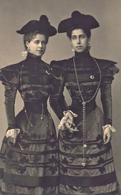 Rebecca and Damaris HRH Princess Marie of Edinburgh (Queen of Romania) and HRH Princess Victoria Melita of Saxe-Coburg and Gotha (Grand Duchess consort of Hesse and Grand Duchess Viktoria Feodorovna of Russia), daughters of Prince Alfred Princesa Victoria, Reine Victoria, Queen Victoria Family, Victoria And Albert, Romanian Royal Family, 1890s Fashion, Imperial Russia, Royal House, Kaiser