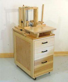 тумбочка для фрезерного стола Woodworking Tool Cabinet, Woodworking Bench Plans, Woodworking Joints, Woodworking Workshop, Woodworking Furniture, Teds Woodworking, Woodworking Projects, Dresser Plans, Cabinet Plans
