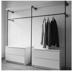 Small Closet Design, Small Closet Space, Small Space Bedroom, Small Closets, Closet Designs, Open Closets, Dream Closets, Open Wardrobe, Wardrobe Storage