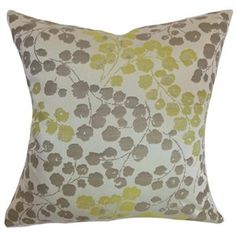 The Pillow Collection Square Reynosa Floral Throw Pillow (A)