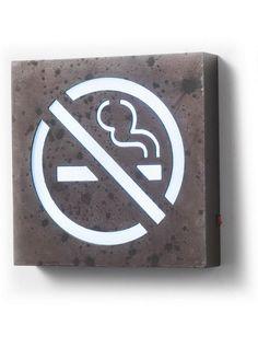 Insegna luminosa quadrata da parete effetto ruggine Vietato Fumare illuminata a…