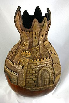 pixels Gourds by Grace Hand Painted Gourds, Diy Art Projects, Gourd Art, Bottle Art, Pyrography, Wood Carving, Ceramic Art, Lovers Art, Arts And Crafts