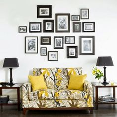 DIY a beutiful Family Photograph Gallery Wall