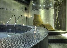 M+ Pools - Design and Wellness  #mosaicopiu #chateau #chateaurondsuites #pool…