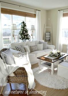 Cool And Clean Coastal Home Decorating Ideas