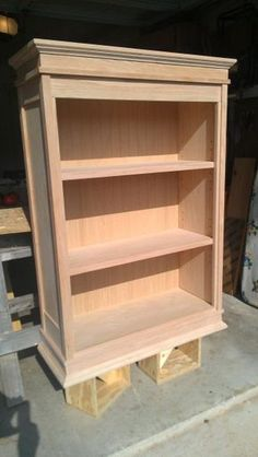 All about woodworking! Easy woodworking projects, furniture making tools, general woodworking tools, professional woodworker and more. Diy Wood Projects, Furniture Projects, Furniture Plans, Furniture Making, Wood Furniture, Wood Crafts, Furniture Design, Woodworking Power Tools, Woodworking Projects