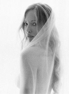 Delicate Bridal Boudoir Inspiration from Jose Villa With Soft, Feminine Photography Poses. #bridalboudoirphotos #elegantbridalboudoir #minimalistbridalinspiration #softfemininebridal