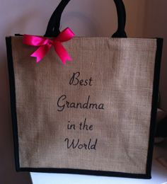 Best Grandma in the World - Personalised gift for Mum Mother Gran Grandma Nana Aunty Aunt Childminder New Gran to be Gift Jute Tote Shopping Book Bag