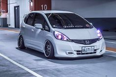 Honda Jazz Modified, Civic Hatchback, Rims For Cars, Honda Fit, Honda Cars, Fit Car, Weird Cars, Japan Cars, Honda Civic