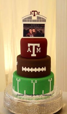 Texas A&M groom's cake - Texas A&M groom's cake -You can find Gro. Alabama Grooms Cake, Football Grooms Cake, Football Wedding, Football Banquet, Football Treats, Sport Cakes, Purple Wedding Cakes, Bowl Cake, Cake Central