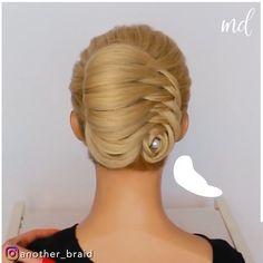 Hairdo For Long Hair, Bun Hairstyles For Long Hair, Braided Hairstyles, French Roll Hairstyle, French Roll Updo, Hair Up Styles, Medium Hair Styles, Hair Style Vedio, Hair Tutorials For Medium Hair