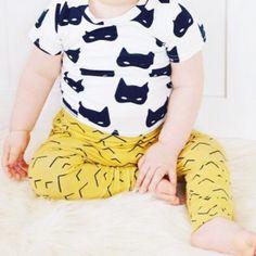 Hey BB baby harem broekje 'golden mountains' - handgemaakt van biologisch katoen. Organic Baby Clothes, Skinny, Handmade, Pants, Trouser Pants, Hand Made, Thin Skinny, Women's Pants, Women Pants