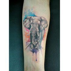 """Tattoo by <a href=""""http://instagram.com/felipeluiztattoostudio"""">@felipeluiztattoostudio</a>!  Um elefante nunca esquece..."""