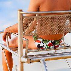 Feeling #tropical today! Slip #toucan & relax 👌👌