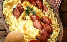 Ταλιατέλες φούρνου με τυριά και χωριάτικο λουκάνικο