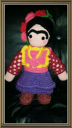 Frida tejida a crochet chica $300 y grande $400