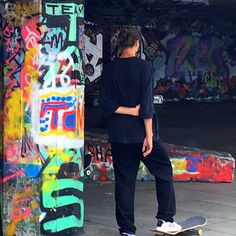 Useful made beautiful is what sums up Aabelard. We love finding beauty in unexpected places like this fabulous always busy skateboarding park at the Southbank in London. Is graffiti your cup of tea? We love it when it's really good!