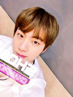 Jin ❤ BTS SHOWCHAMPION Selfie~ (170308) #BTS #방탄소년단