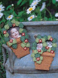 Plastic Canvas - Frames - Flower Pot Frames